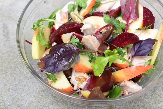 salade makreel en bieten